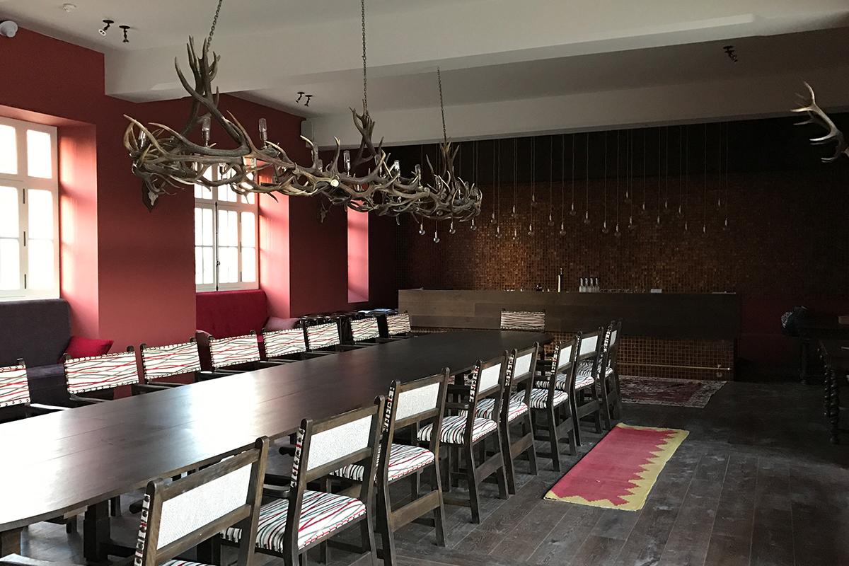 reconditionare mobilier vechi lemn masiv